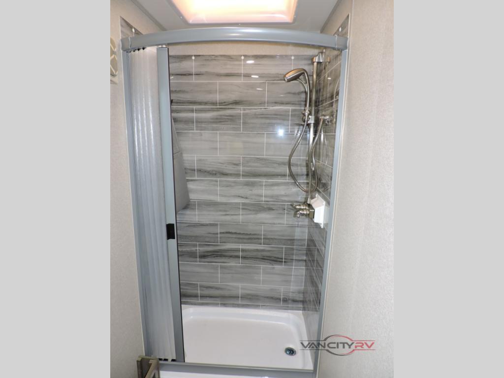 DYNAMAX ISATA Bathroom