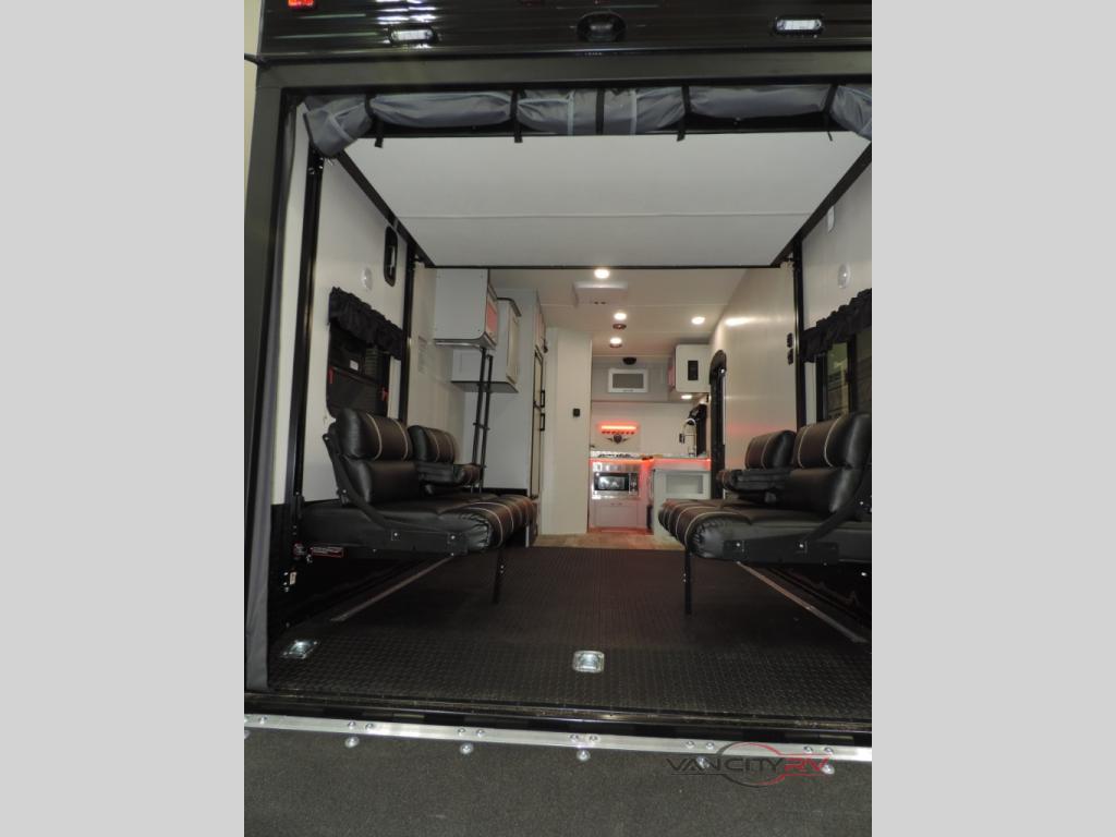Chinook garage
